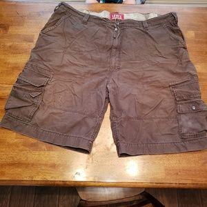 Levi's Cargo Shorts - Size 46